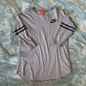 Nike half sleeve shirt
